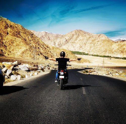 visit Magnetic hill Ladakh