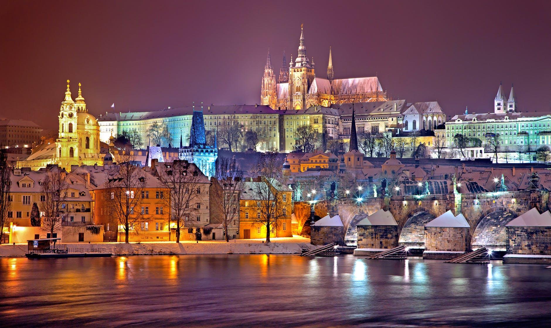 visit Prague Castle