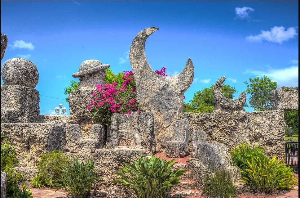 visit Coral Castle, Florida