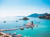 Explore Napali Coast Boat Tours