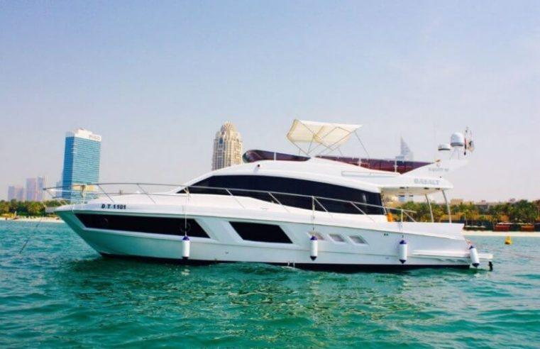 yacht charter in uae