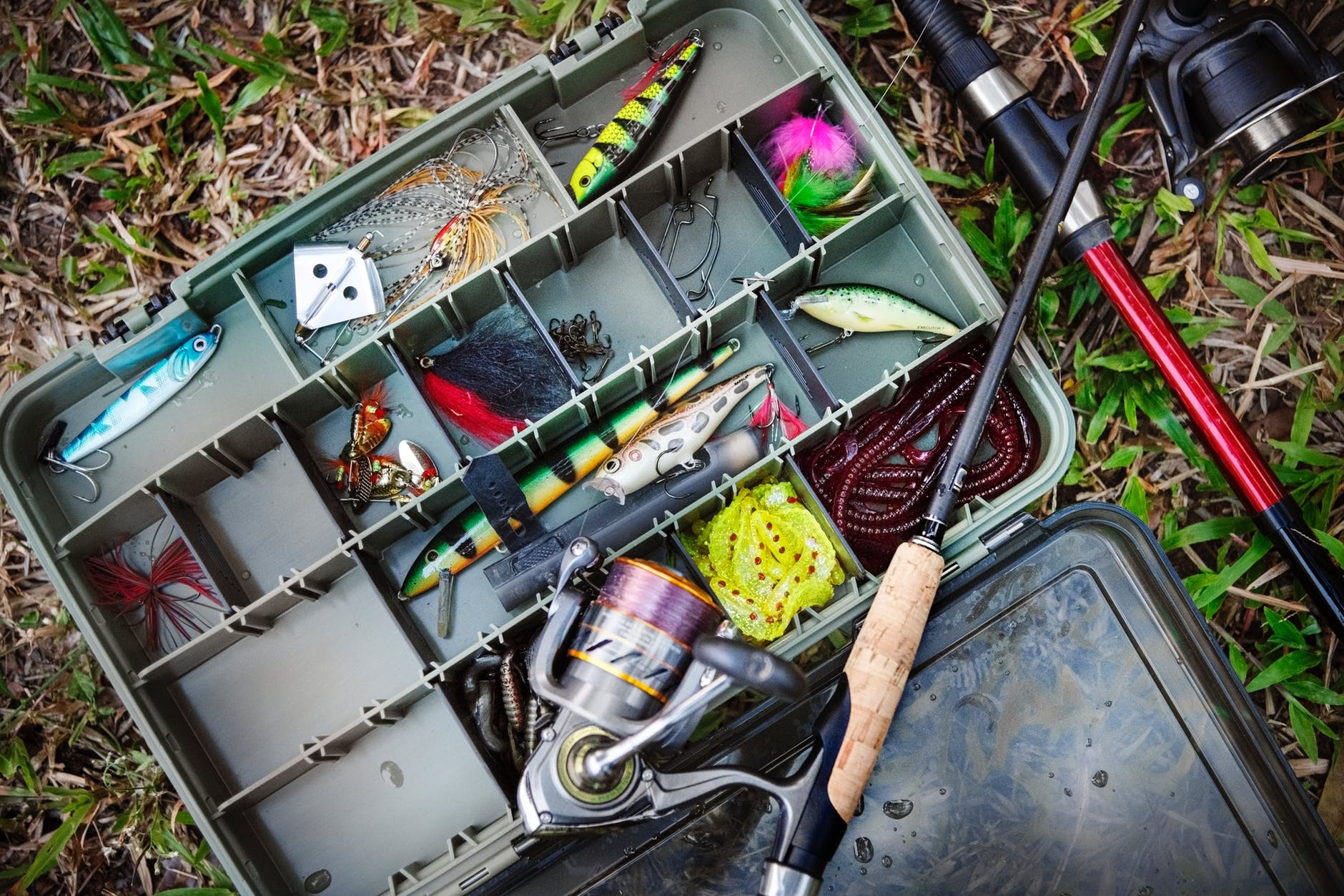 rolling tackle box