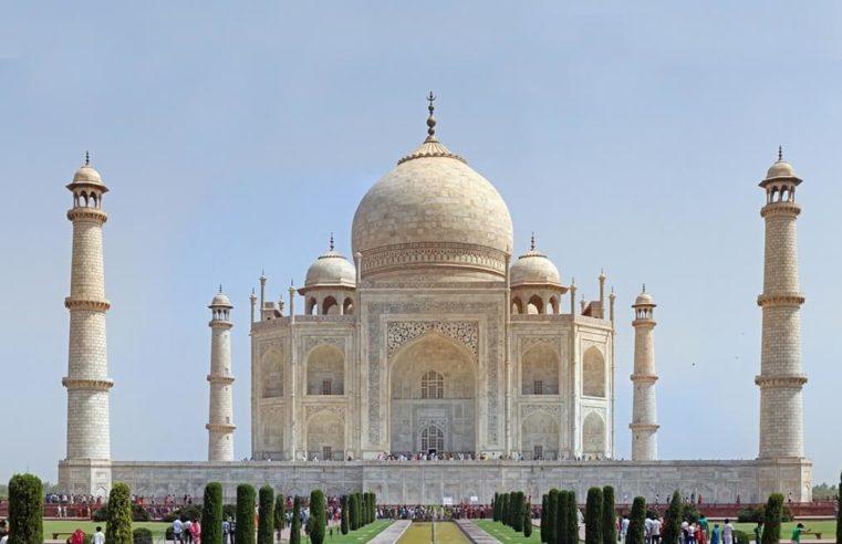 Travel Guide to Seven Wonders of the World – Taj Mahal