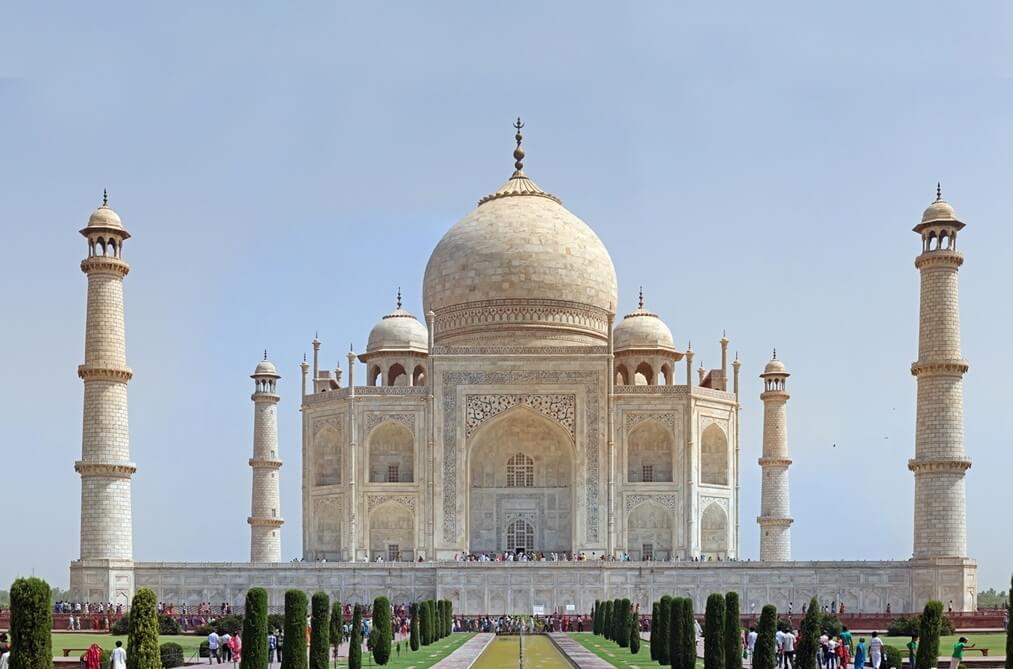 Travel Guide to Seven Wonders of the World – Taj Mahal